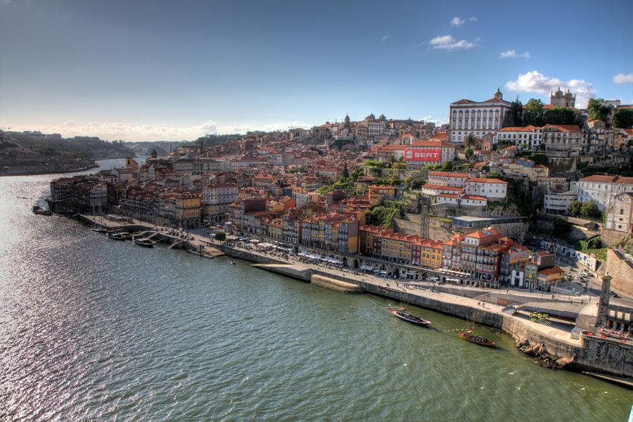 Oporto gu a de oporto hoteles vuelos y turismo en oporto - Hoteles de lujo en oporto ...
